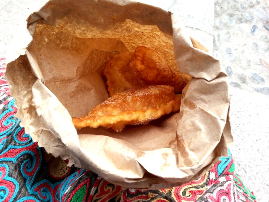 Cuenca, Ecuador street eats: freshly fried pillows of empanadas dusted with sugar.