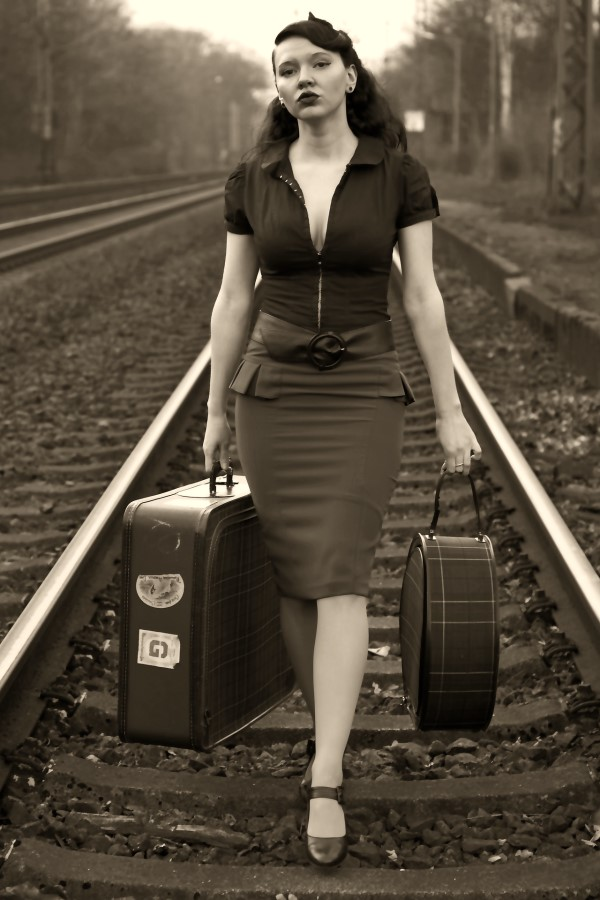 7 Tips for Successfully Moving Abroad