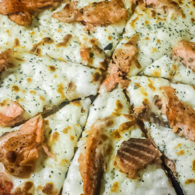 Cusco (salmon) pizza