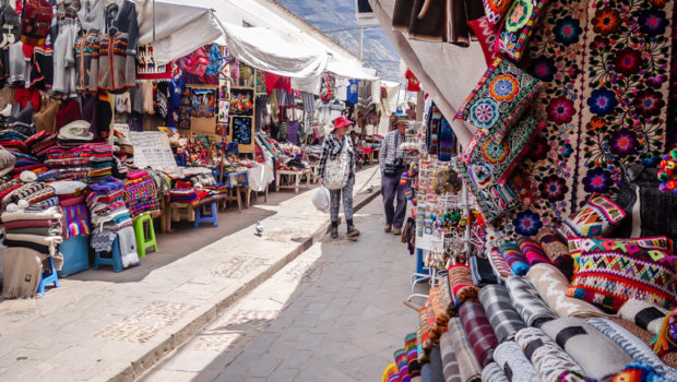 The Pisac market is HUGE - here you'll find the best prices for souvenirs.